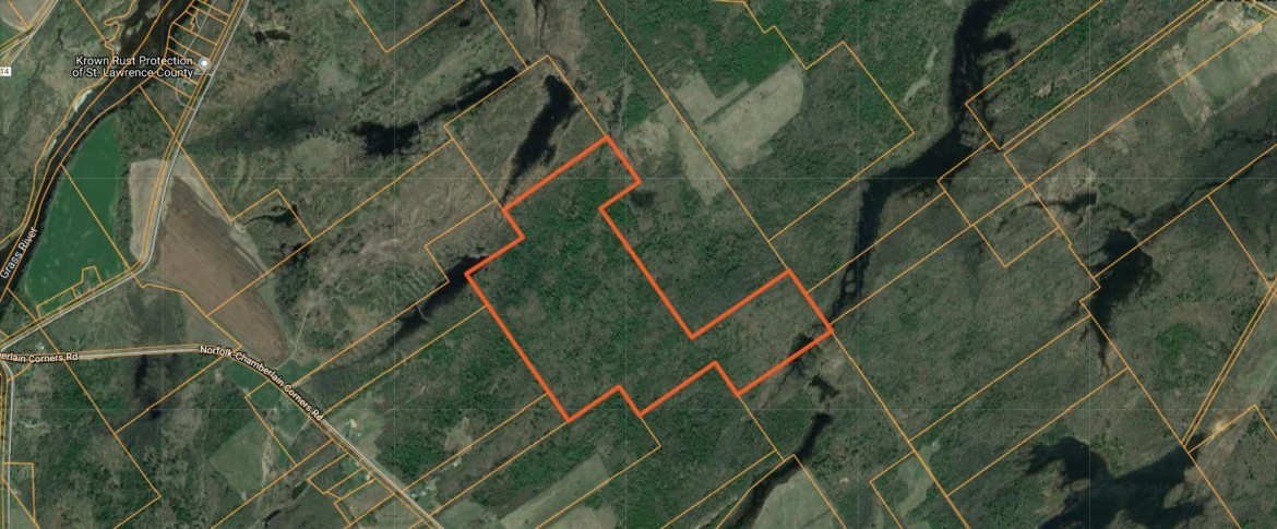 nice network of interior ATV trails that give you easy access throughout.